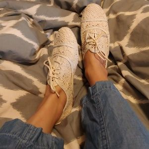 Route 66 Shoes - Crochet lace up flats